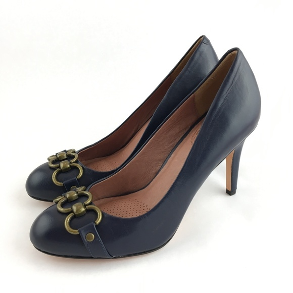 87cd10f1327 NWOB Corso Como Navy Blue Pumps Heels Size 9